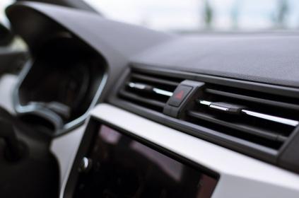 SEAT Arona - eleganckie wloty powietrza